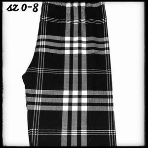 Pants - SALE!!! OS Black & White Plaid Holiday Leggings